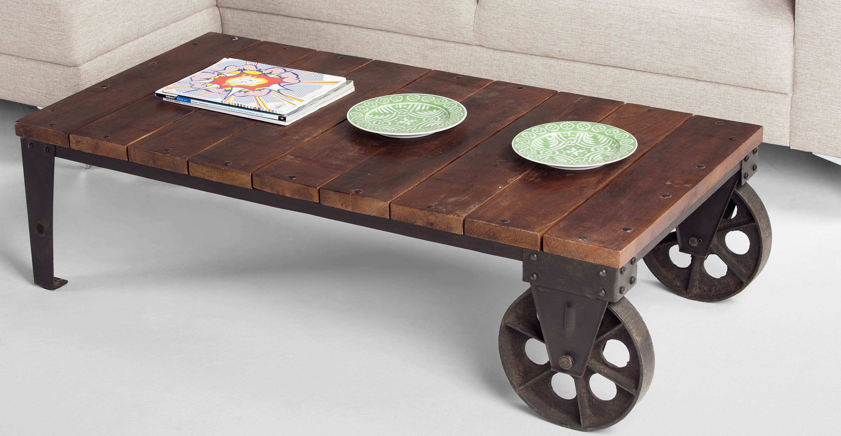 Humphrey industrial coffee table in gunmetal for Coffee tables on wheels