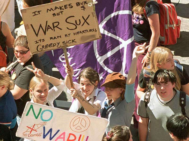 Students protesting against the Iraq war in Adelaide, 2003
