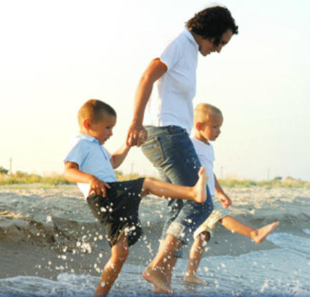 Thomas Beach Vacations - Reserve 2 Nights through the Holidays and Get an Extra Night Free!