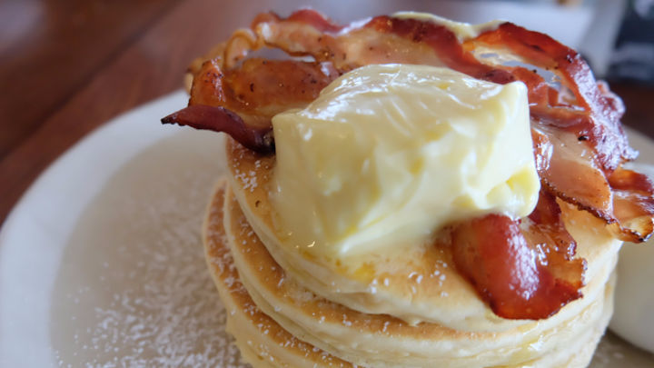 Drizzle some maple syrup and your pancakes with bacon are good to go.