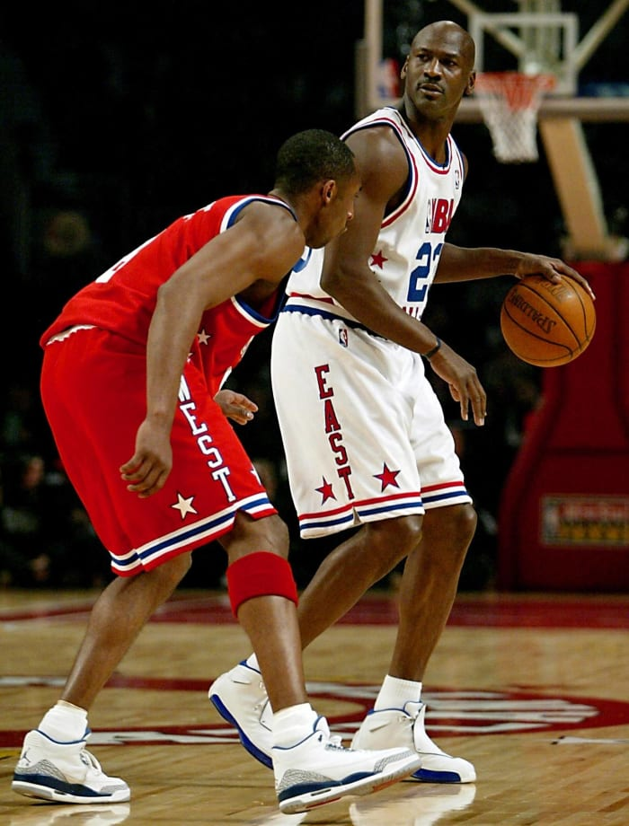 Michael Jordan officially says farewell to the All-Star Game in 2003...
