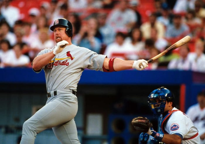 1997: Cardinals acquire Mark McGwire from the Athletics for prospects