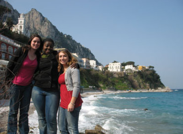 Study Abroad Reviews for AIFS: Rome - Richmond in Rome and Internship Program