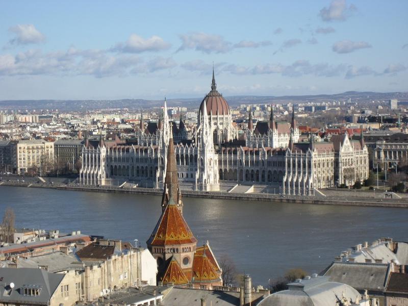 BSM: Budapest - Budapest Semesters in Mathematics