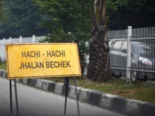 Warningnya Itu Loh, hadeuh alayyy