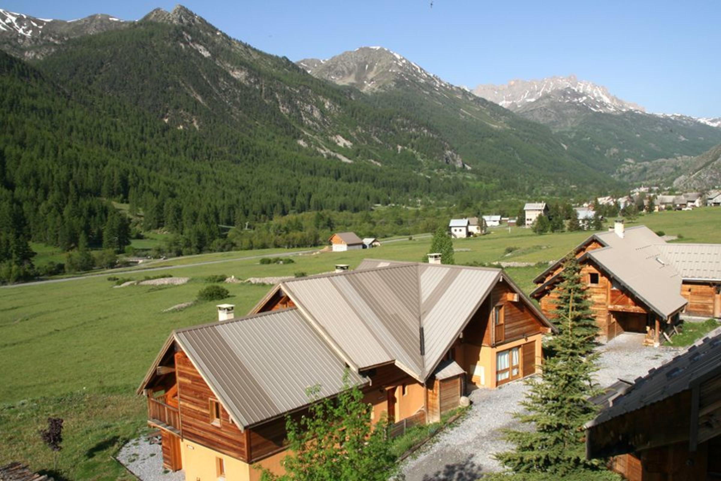 Chalet Le Sor¨ Hameau des Chazals Nevache Hautes Alpes  Chazals