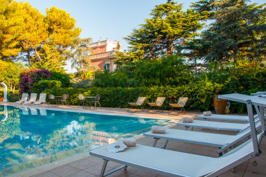 Villa Padronale in Carenza: holiday Villas in Puglia