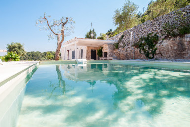 Trulli Gordini: Stylish Trulli with Pool