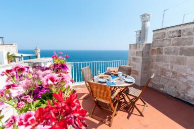 Historic Apartment in Puglia: Terrazza sul Mare