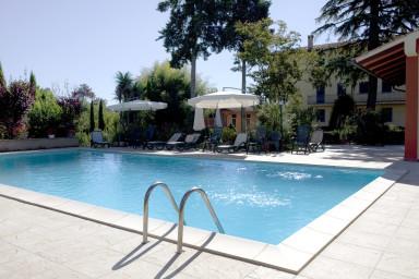 Stor härlig Toscansk gård med pool och plats för hela släkten