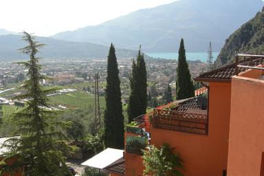 Härlig semesterlägenhet med närhet till Riva