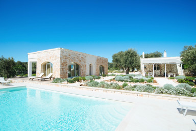 Masseria Lamatroccola: Luxurious Masseria with Private Pool