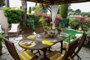 Underbar fransk villa för den lilla familjen