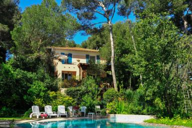 Rymligt familjehus i fantastiska St Jean-Cap-Ferrat