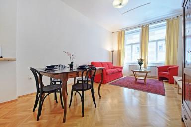 Klementinum apartment