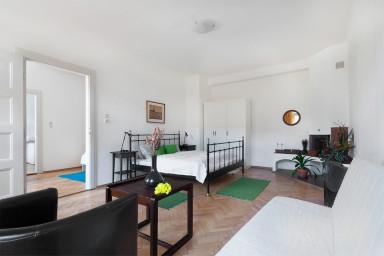 Ostrovni Apartment