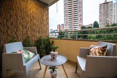 Great Two Bedroom in Provenza