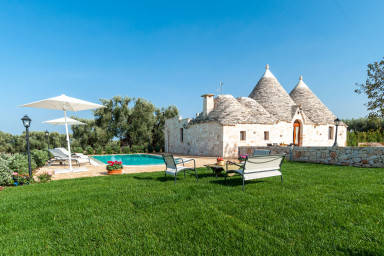 Trulli Francisto: Authentic Historic Trullo with Pool