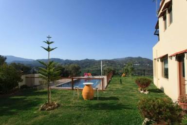 Villa Julos