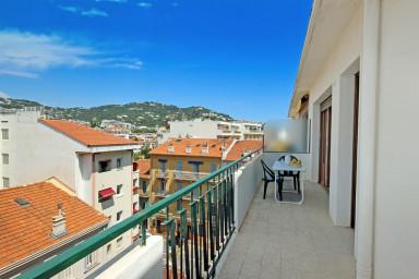 Appartement avec terrasse en plein coeur de Cannes