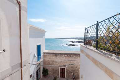 Dimora Magno: traditional apartment in the old town of Monopoli