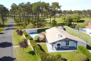 House on the golf course of Gujan-Mestras for 6 people with pool