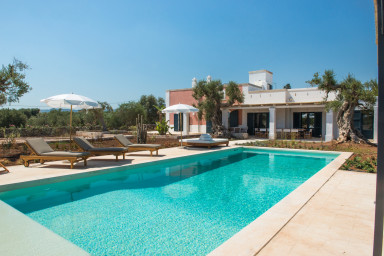 Masseria Pizzicalone: luxury with private pool and terrace with sea view