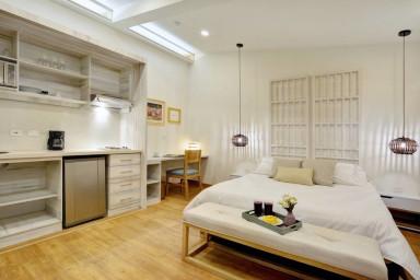 Cartagena Suites 103, Great location studio apt