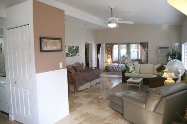 Gorgeous Hiilani Apartment