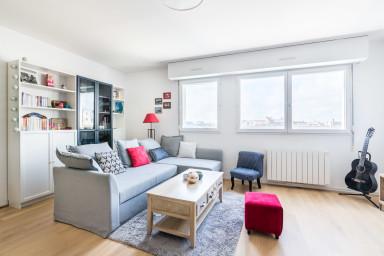 Calm and luminous apartment Place de la Victoire