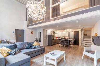 Superbe appartement style loft Vieux Lyon - W211