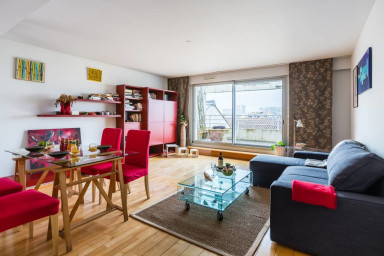 Warm apartment with parking and terrace