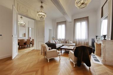 Magnifique appartement avec terrasse en plein centre ville de Bordeaux