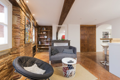 Apartment brick and wood in the heart of Toulouse - W255