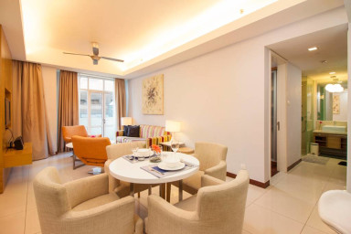 FrasersP: Hotel quality; 5 min drive from KLCC