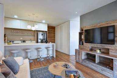 Luxury Award-Winning Building: 903 Energy Living
