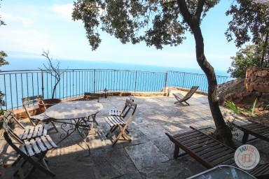 Villa exceptionnelle avec imprenable vue sur mer et la Baie de Cannes