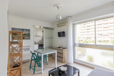 Studio confortable au coeur de Cannes - W394