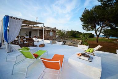 Villa Mediterranea - con accesso diretto al mare
