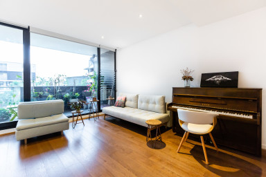 Taledo, St Kilda Designer 1BDR Apartment close to St Kilda Beach
