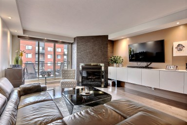 Beautiful and bright 1 bedroom apartment to rent downtown with parking