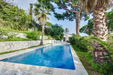 Superbe villa avec vue sur la mer et les Iles de Cannes