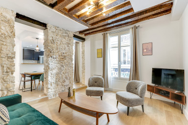 Sublime 85sqm 2-BDR/2BR in Le Marais