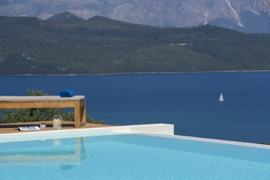5% OFF: Brand New Luxurious Villa with breathtaking panoramic view!