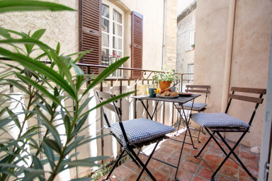 Luxury flat in the heart of old Antibes