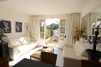Renovated apartment with a large terrace (about 70sqm)