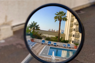 Apartment with pool in Funchal tourist area