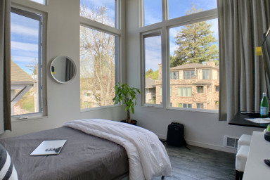 Lofty Studio Prime Cap Hill Area Mins to Downtown