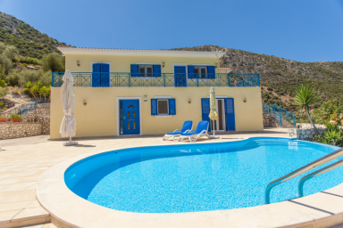 Villa Artemis - Luxury Villa with Stunning View, Lift and Wheelchair Access