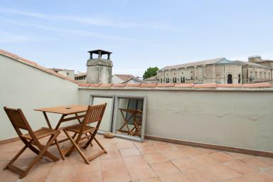 Grand appartement en duplex avec une magnifique terrasse à Avignon